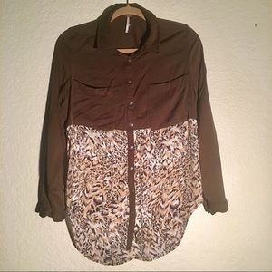 Free People Long Sleeve button-up; size M